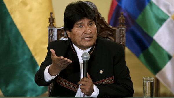 Evo dice que en 1879 empresarios británicos y chilenos robaron el mar a Bolivia