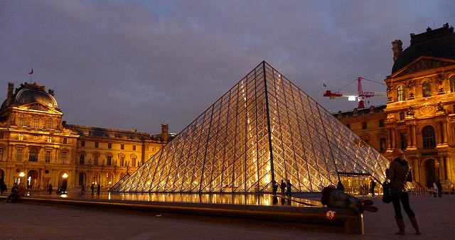 The Louvre Pyramid is made only out of glass panels and metal poles