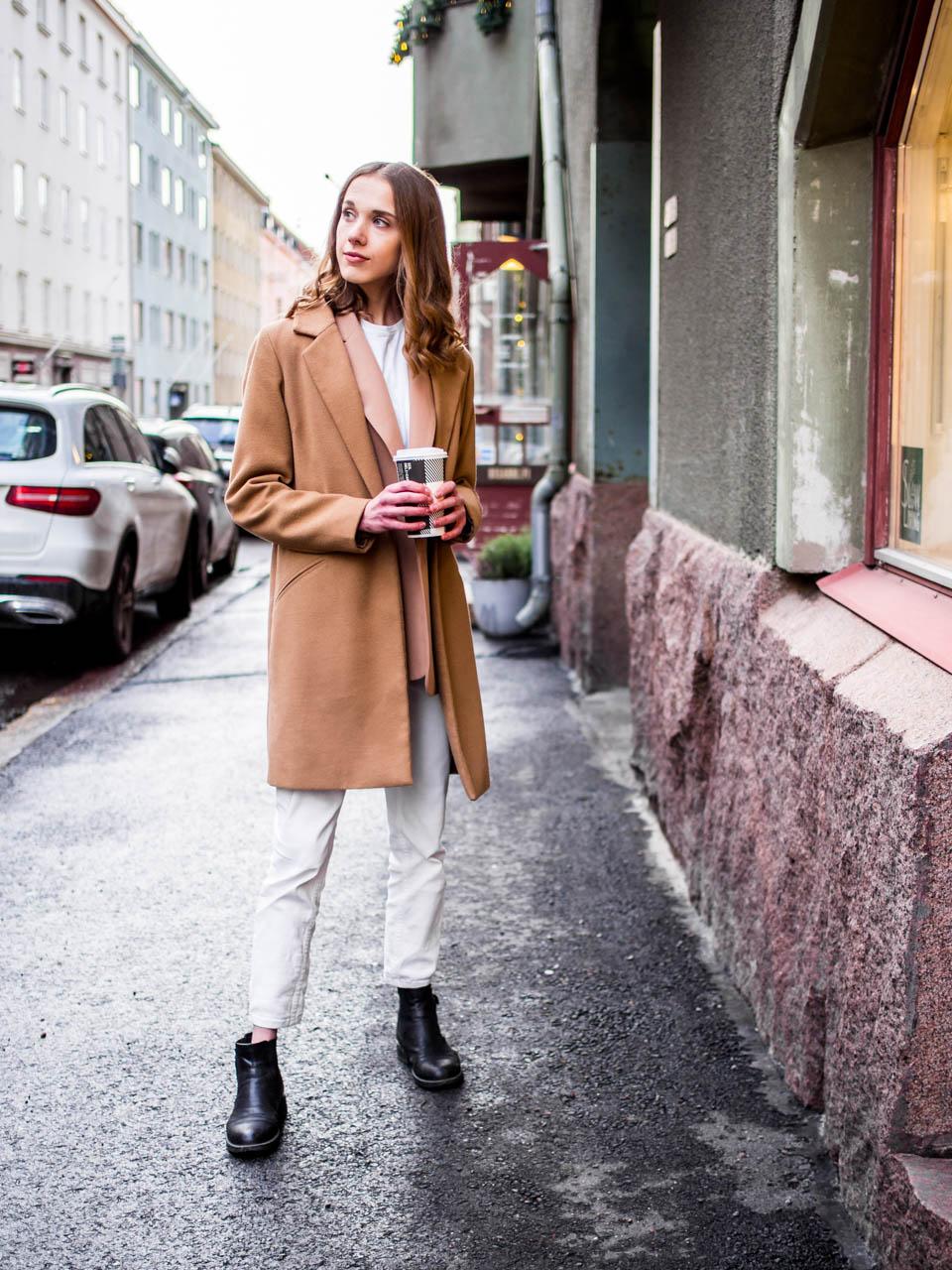 How to wear white denim in winter - Kuinka pukeutua valkoisiin farkkuihin talvella