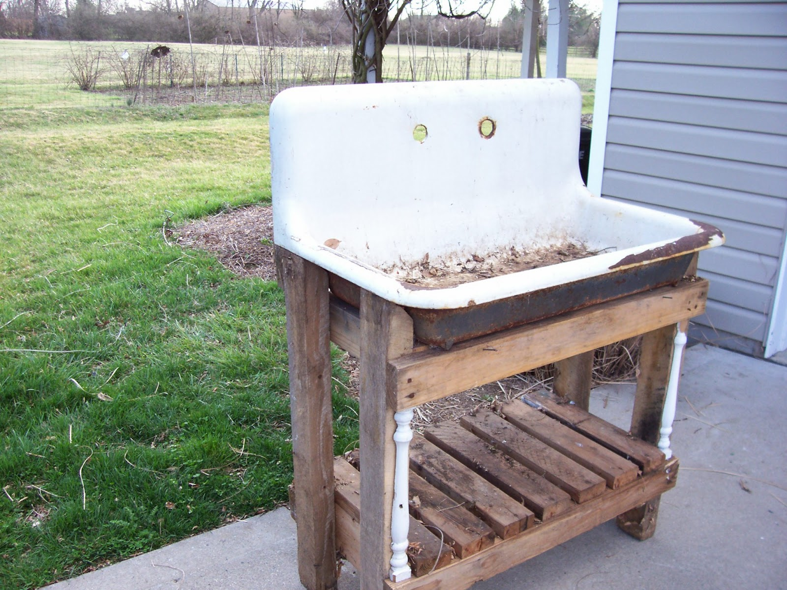 Sweet Vintage of Mine: RE-PURPOSED VINTAGE POTTING SINKS ... on Outdoor Patio Sink id=42492