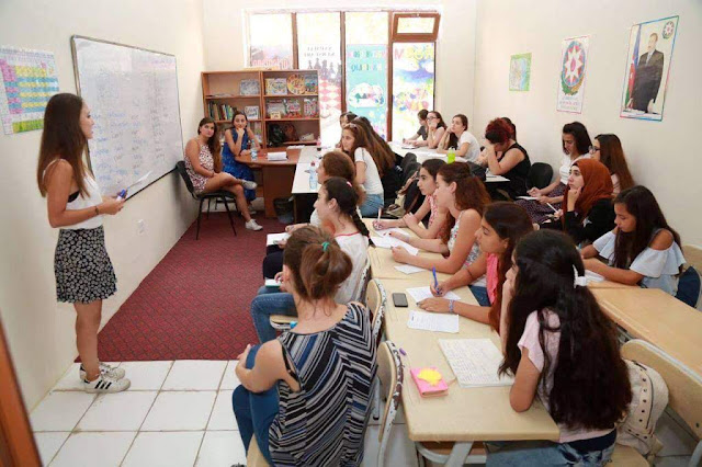 Triplica en un año abortos entre menores en Azerbaiyán