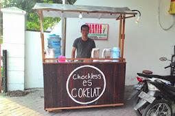 Wow, Pemuda ini untung Rp 60 Juta/bulan dari Gerobak Es Cokelat