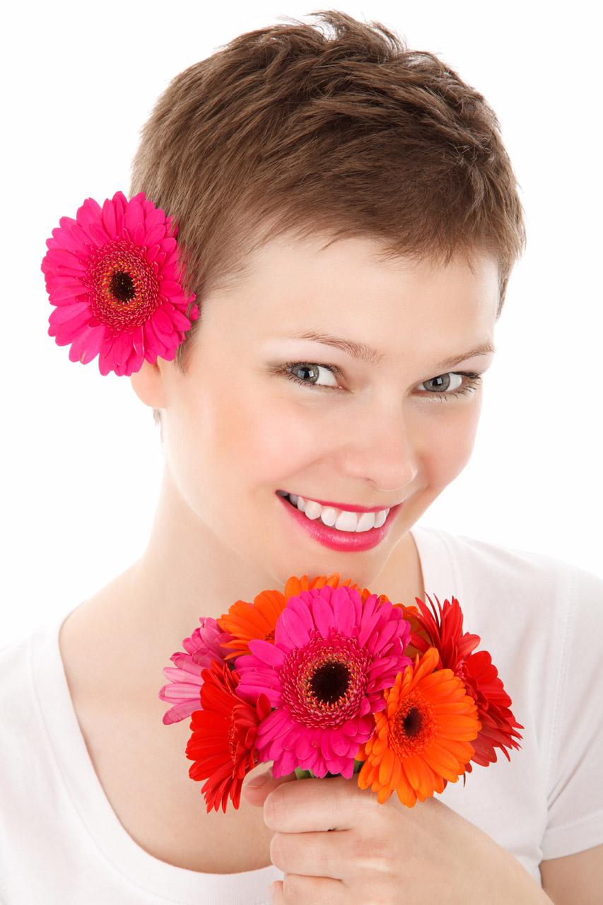 New donna blog: Capelli estate 2013: accessori floreali