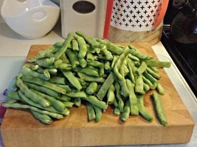 Snapping Green beans