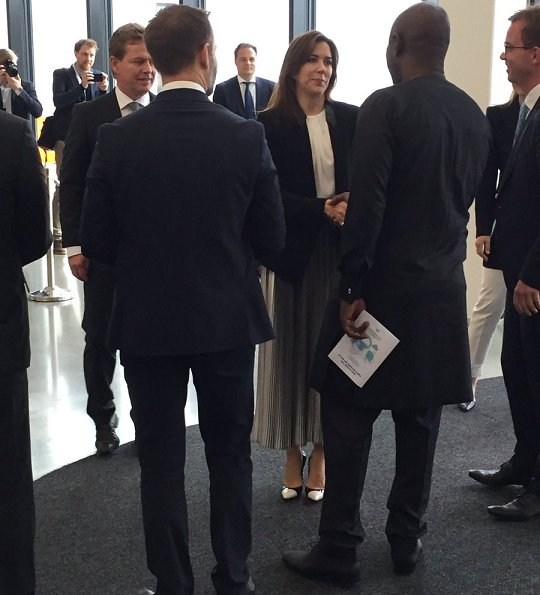 Crown Princess Mary attended the opening of Arla Foods Global Innovation Centre (ASIC) at the Agro Food Park in Aarhus. Princess wore Zara blazer and plated skirt, Gianvito Rossi Pumps