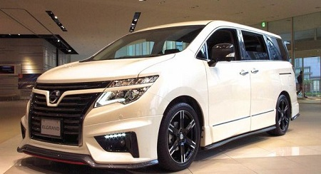 Mobil Nissan New Elgrand