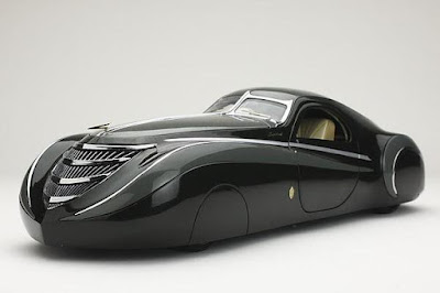 Duesenburg Coupe Simone Midnight Ghost side look