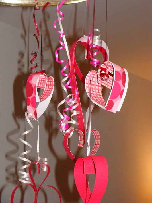 5 DIY Valentine's Day Window Decorations
