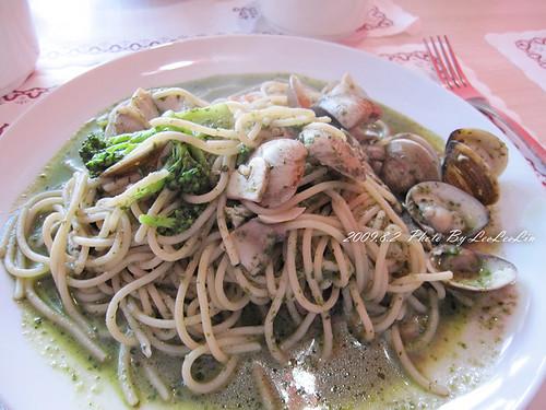 三峽台北大學學生美食-紅蘑菇餐廳-平價義大利麵
