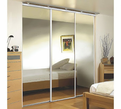 Reasons for Choosing Mirrored Wardrobe Doors