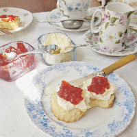 afternoon tea at cakestand and crumb, ampthill