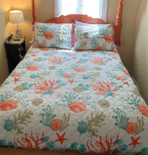 Red Coral Coastal Seashell Cotton Quilt Set