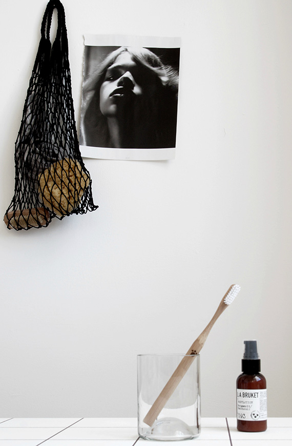eco bag, bamboo toothbrush and liquid soap from S2 20