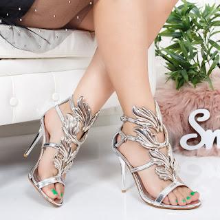 Sandale Flibo argintii cu toc foarte elegante cu model deosebit