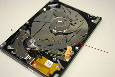 Dropped Hard Drive Data Recovery with the Help of Specialist