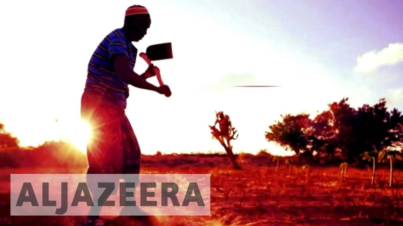 http://4.bp.blogspot.com/-SWPrjaY5Yvk/WBOLTS_xOJI/AAAAAAAAVoY/siQBHejRgNEzf7OVVfk4iEF_z7GUOcPgQCK4B/s1600/somalia%2Bstory.jpg