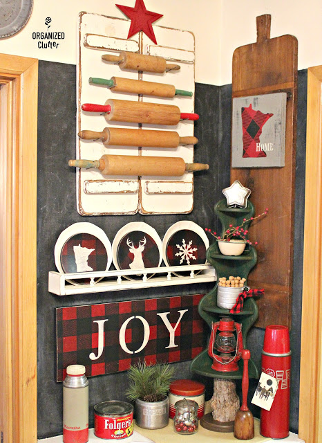 Buffalo Check Christmas DIY Decor #upcycle #repurpose #stencil #buffalocheck