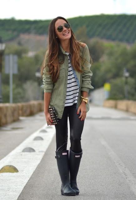 como combinar botas para lluvia