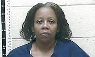 Tre volte vedova, una donna è accusata dell'omicidio del suo secondo marito
