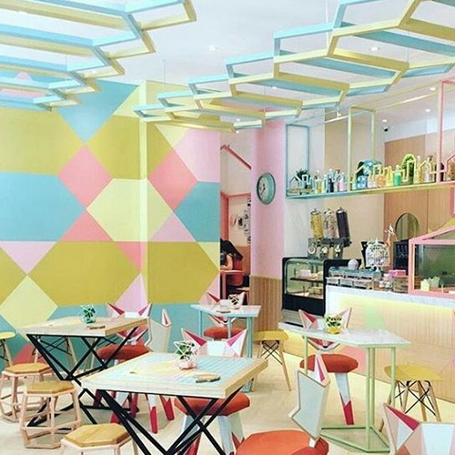 Tinuku Cafe Kyouchii Pop Restaurant In Makassar Translating Iron Shapes And Pastel Colors For Shabby
