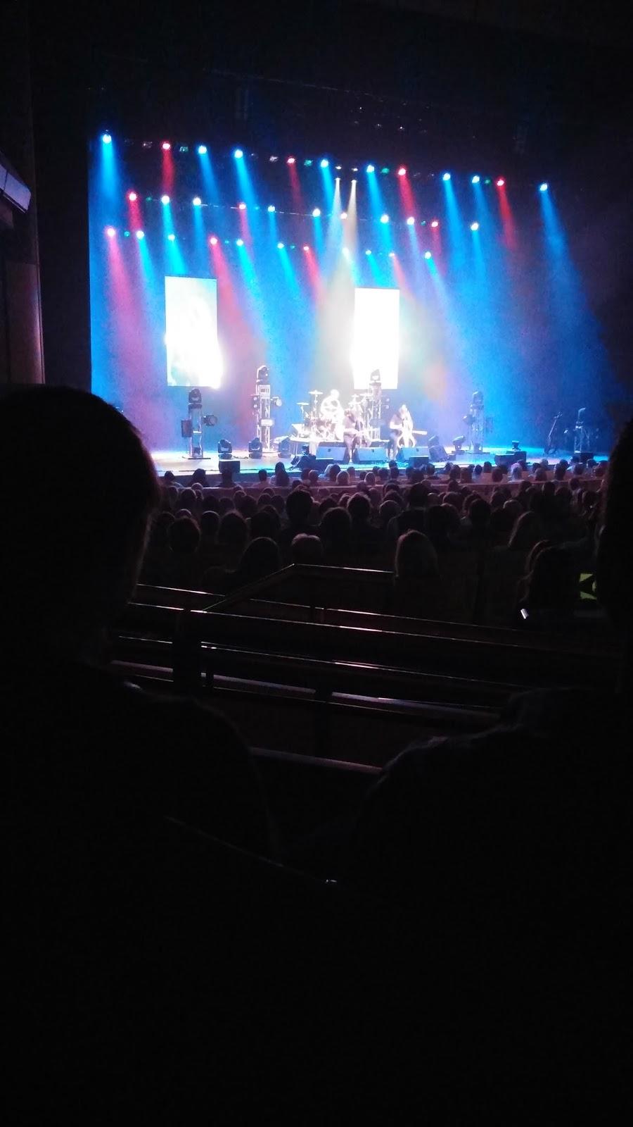 2Cellos concert