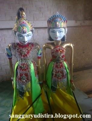Jasa Pembuatan Wayang Golek Arjuna Srikandi