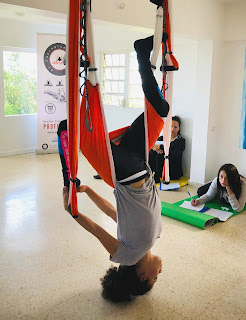 yoga aerien, air yoga, fly, flying, pilates, yoga, fitness, mise en forme, sante, bienetre, rafael martinez, teacher training, formation, stage, porto rico, usa