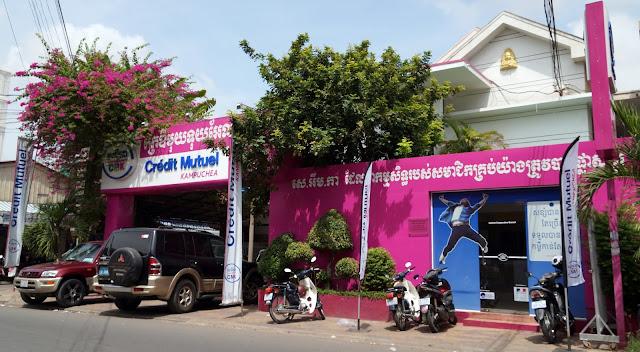 Présent depuis 2004, le CMK compte aujourd'hui dix Caisses à Phnom Penh et dix dans les provinces du Cambodge