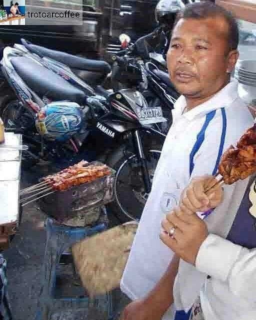 Pedagang Kaki Lima Alun Alun Wonosobo