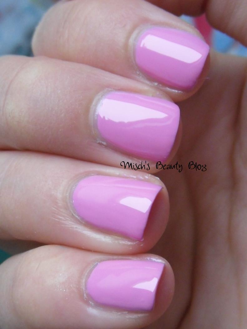 Misch S Beauty Blog Notd September 29th Fall Leaf Nail Art: Misch's Beauty Blog: NOTD September 21st: Essence