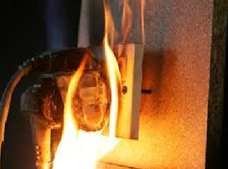 Instalasi Listrik Sembarangan bisa menyebabkan Kebakaran