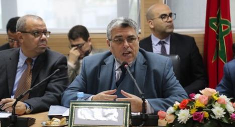 الرميد يتخلى عن باقي صلاحياته و اختصاصاته لمندوب حقوق الإنسان بنيوب !