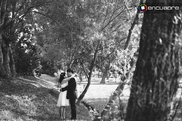 fotos blanco & negro sesion novios