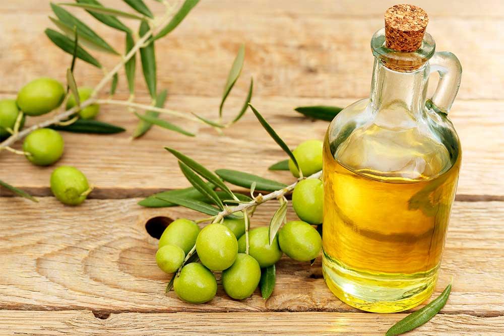 فوائد زيت الزيتون في علاج جفاف البشرة