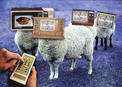Risultati immagini per televisione menzognera