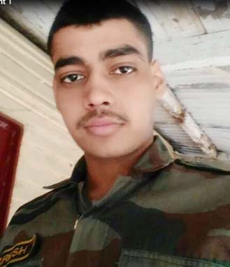 army-person-naresh-killed-in-road-accident-in-faridabad