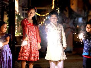 Happy Diwali 2016 images child face 10