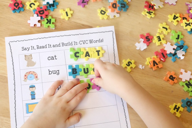 CVC literacy printable for beginning readers