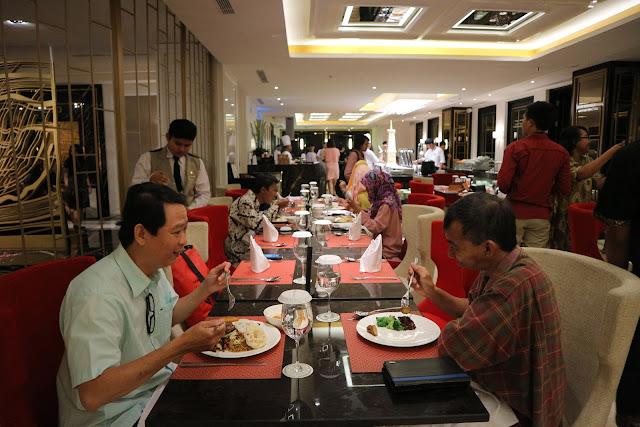 Menikmati Makan Malam ala Epos Ramayana