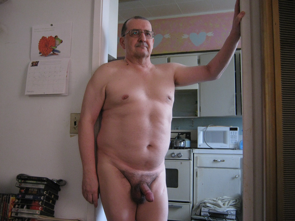 dad and son nude photos