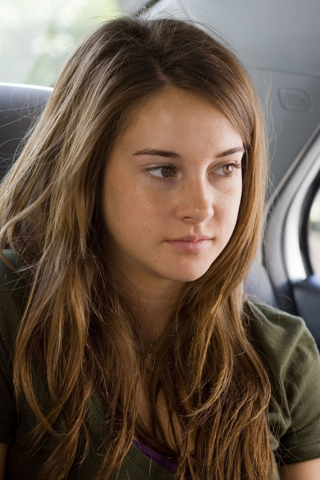 Shailene woodley in the spectacular now