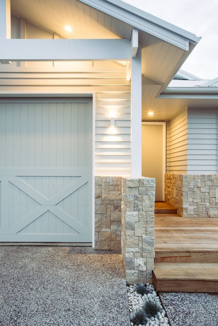 ... render steel and weatherboard cladding gives these designs a new edge. Exterior designs are being altered to suit both coastal metro and bush settings ... & Our Hampton Style Forever Home