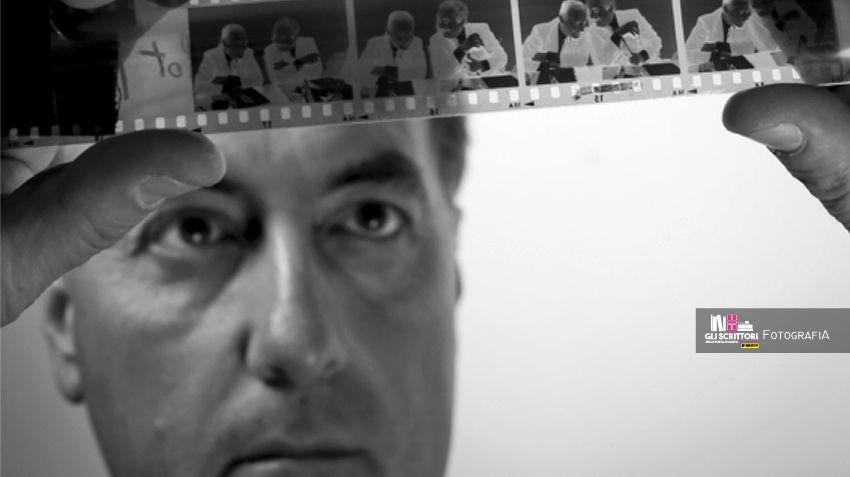 Falcone e Borsellino nel celebre scatto di Tony Gentile