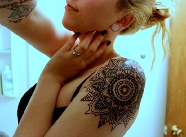 foto tatuajes mandalas para mujeres