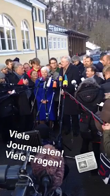 Seehofer vor Journalisten