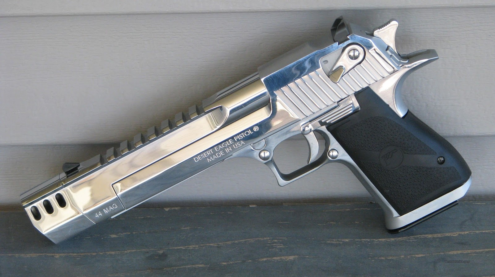Defence horizon desert eagle 50 cal pistol for Photography pictures for sale