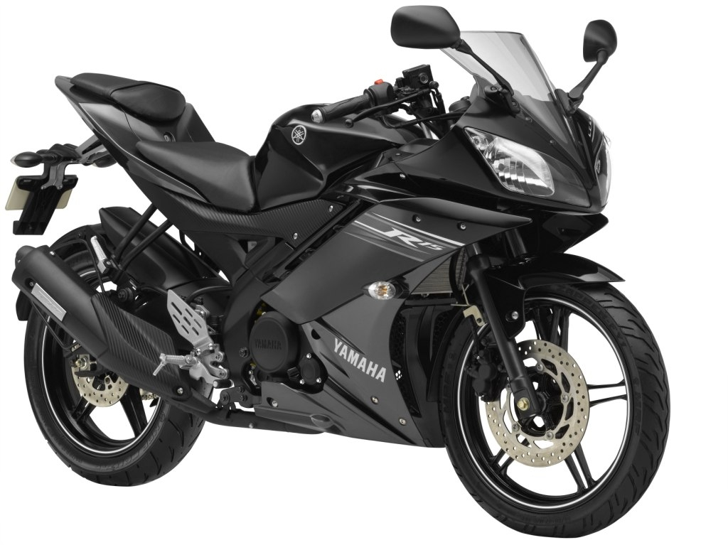 Yamaha New R15 Version 2.0 @ Rs. 1,19,600 (ON ROAD