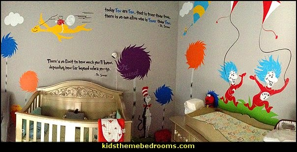 Dr Seuss bedroom ideas - Dr.Suess bedroom decor - Dr Seuss Bedding - dr. seuss nursery - decorating ideas cat in the hat theme bedrooms - Dr Seuss wall decal stickers - DR SEUSS wall mural decal - Dr. Suess playroom ideas - Dr. Seuss Plush Toys