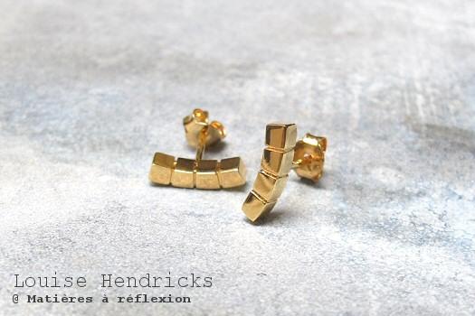 Boucles d'oreille Cube dorée Louise Hendricks