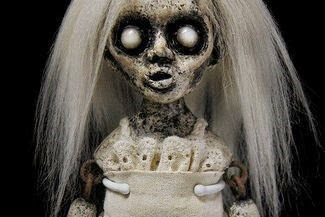Ritual Pemuja Boneka Hinna Kami